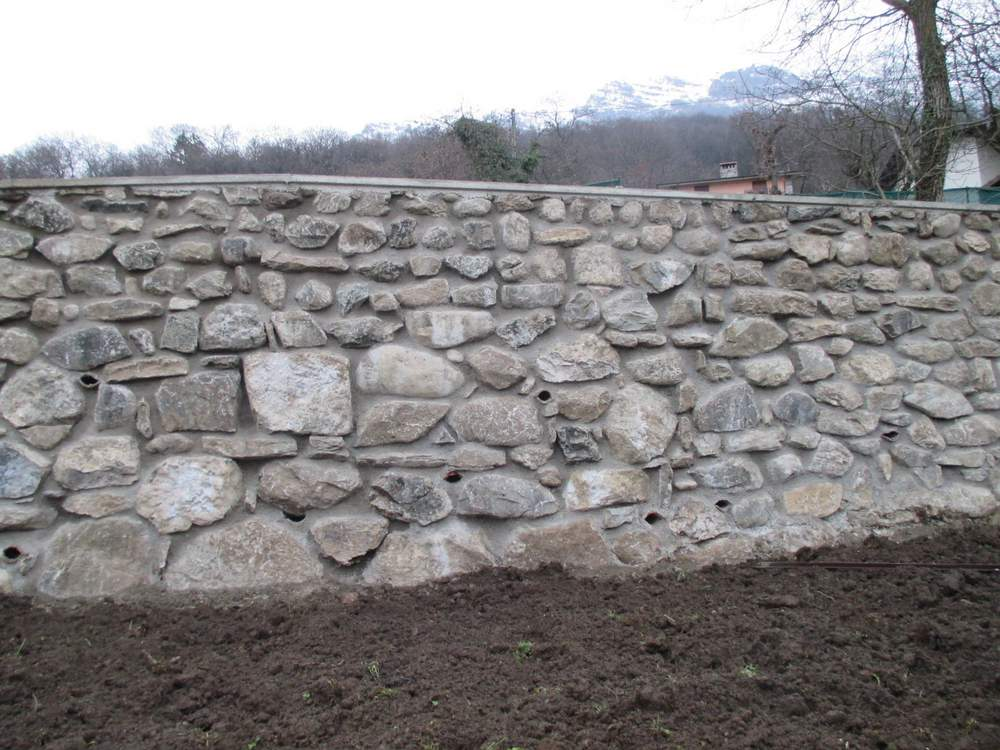 Tende per muri in pietra tutte le immagini per la for Foto di portici in pietra